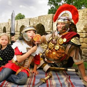 <div class='photo-title'>Spend time with a Roman soldier!</div><div class='photo-desc'></div>