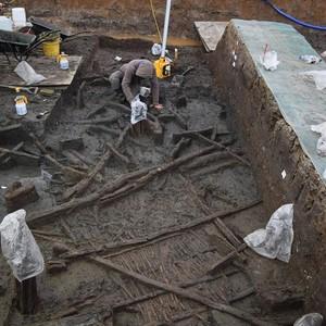 <div class='photo-title'></div><div class='photo-desc'>Excavating wattle at Must Farm</div>