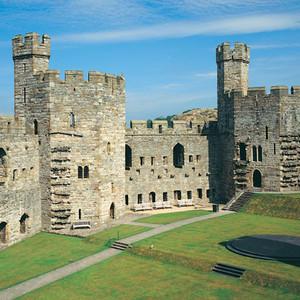 <div class='photo-title'>Caernarfon Castle</div><div class='photo-desc'></div>