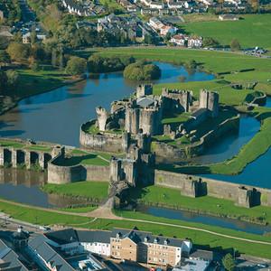 <div class='photo-title'>Caerphilly Castle</div><div class='photo-desc'></div>