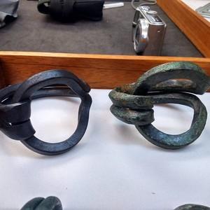 <div class='photo-title'>A replica (left) and original (right) Sussex Loop</div><div class='photo-desc'></div>