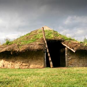 <div class='photo-title'></div><div class='photo-desc'>The Bronze Age roundhouse at Flag Fen</div>