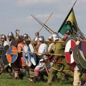 Villainous Vikings invade Flag Fen!