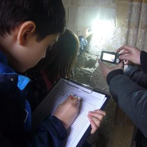 <div class='photo-title'>Recording the graffiti</div><div class='photo-desc'></div>