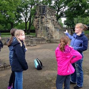 <div class='photo-title'></div><div class='photo-desc'>Learning about Kirkstall Abbey</div>