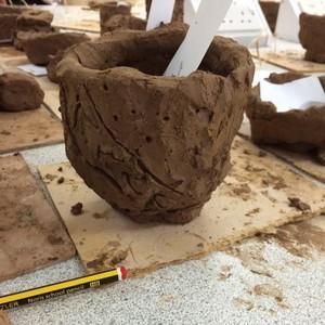 <div class='photo-title'></div><div class='photo-desc'>Bronze Age pot</div>