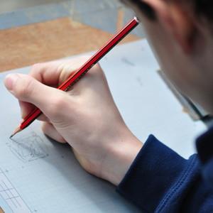 <div class='photo-title'>Connor drawing the plan</div><div class='photo-desc'></div>
