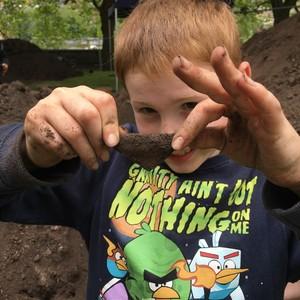 <div class='photo-title'>A fab find!</div><div class='photo-desc'>'We Dig the Castle' excavation at Nottingham Castle</div>