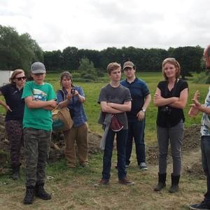 <div class='photo-title'>The archaeologists explain more about the site</div><div class='photo-desc'></div>