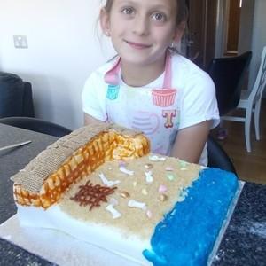 <div class='photo-title'>Leah Keys (11 and under)</div><div class='photo-desc'>Leah's winning cake!</div>