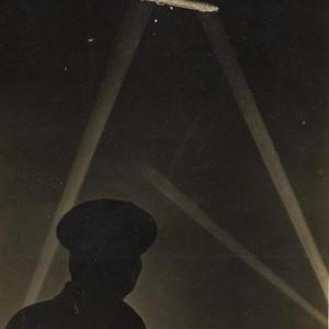 <div class='photo-title'>Zeppelin Raid</div><div class='photo-desc'>© C. Kolonko </div>