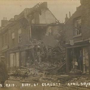 <div class='photo-title'>Damage following a Zeppelin raid on Bury St. Edmunds</div><div class='photo-desc'>© C. Kolonko </div>