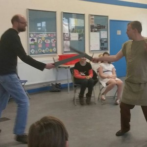 <div class='photo-title'>Leader Paul has a fight…!</div><div class='photo-desc'></div>