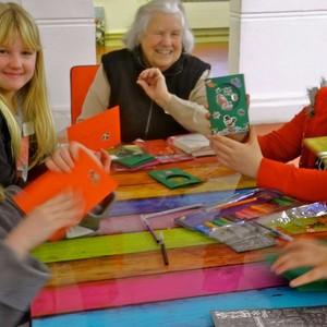 <div class='photo-title'>Our Christmas cards</div><div class='photo-desc'></div>