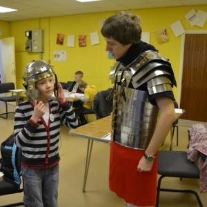 <div class='photo-title'>Meeting a Roman soldier</div><div class='photo-desc'></div>
