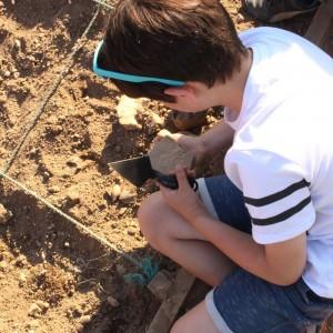 <div class='photo-title'>Hands-on archaeology</div><div class='photo-desc'></div>