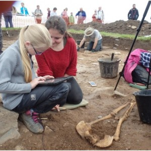 <div class='photo-title'>Excavating an Anglo-Saxon skeleton at Lindisfarne</div><div class='photo-desc'></div>
