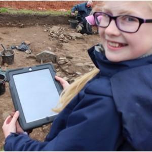 <div class='photo-title'>Recording archaeology digitally</div><div class='photo-desc'></div>