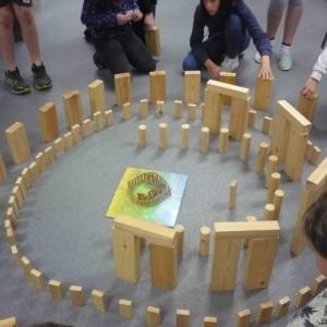 <div class='photo-title'>Building Stonehenge #2</div><div class='photo-desc'></div>
