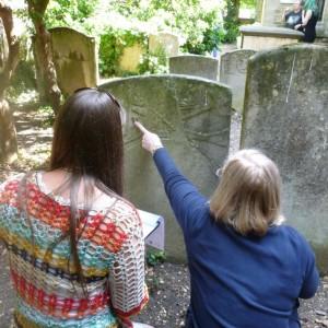 <div class='photo-title'>Recording a gravestone</div><div class='photo-desc'></div>