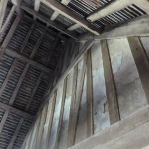 <div class='photo-title'>The stunning original roof in Willington stables</div><div class='photo-desc'></div>